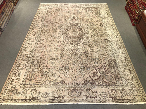 Hand-Knotted Vintage Rugs - Cappadocia Arts