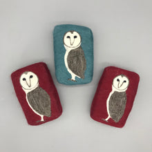 Load image into Gallery viewer, Owl Felted Soap