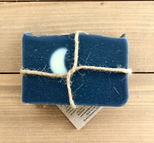 Load image into Gallery viewer, Mystic Moon Soap