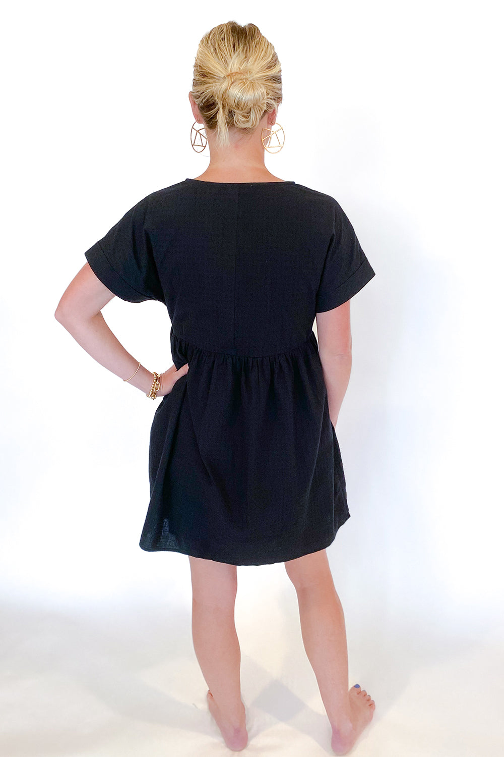 Textured V Neck Babydoll Dress Black