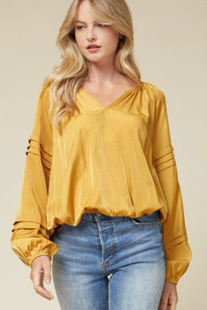 Satin Vneck Detail Sleeve Gold