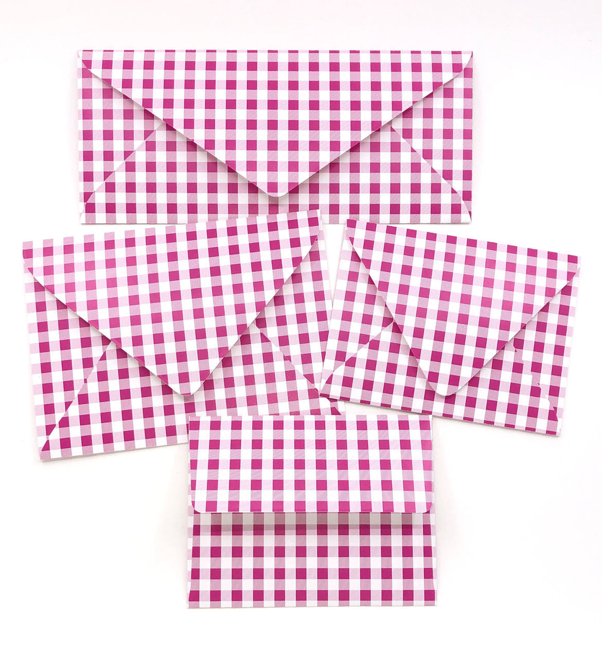 Gingham Pink Envelopes - 20 per pack