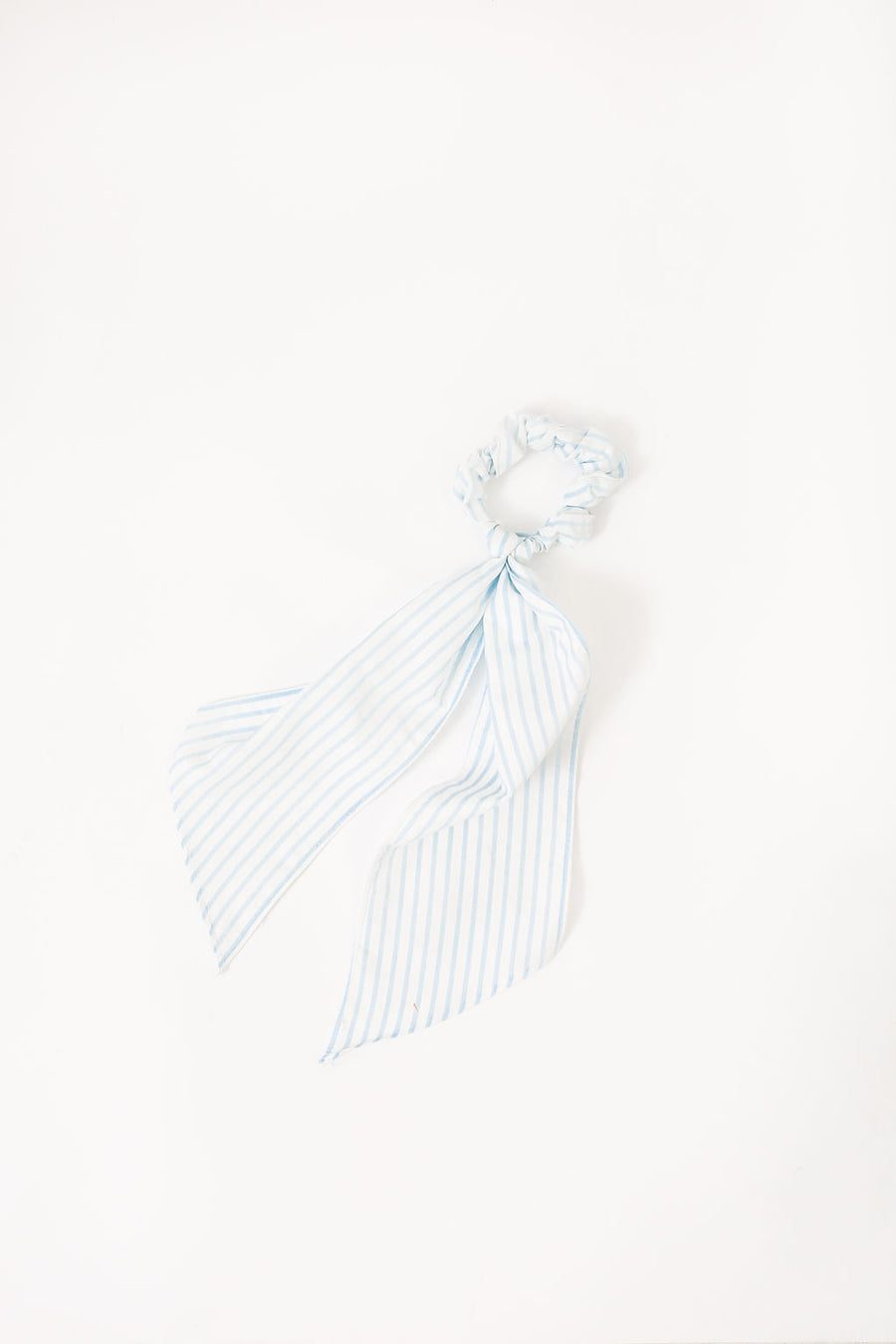NATALIE SCRUNCHIE BLUE AND WHITE STRIPE