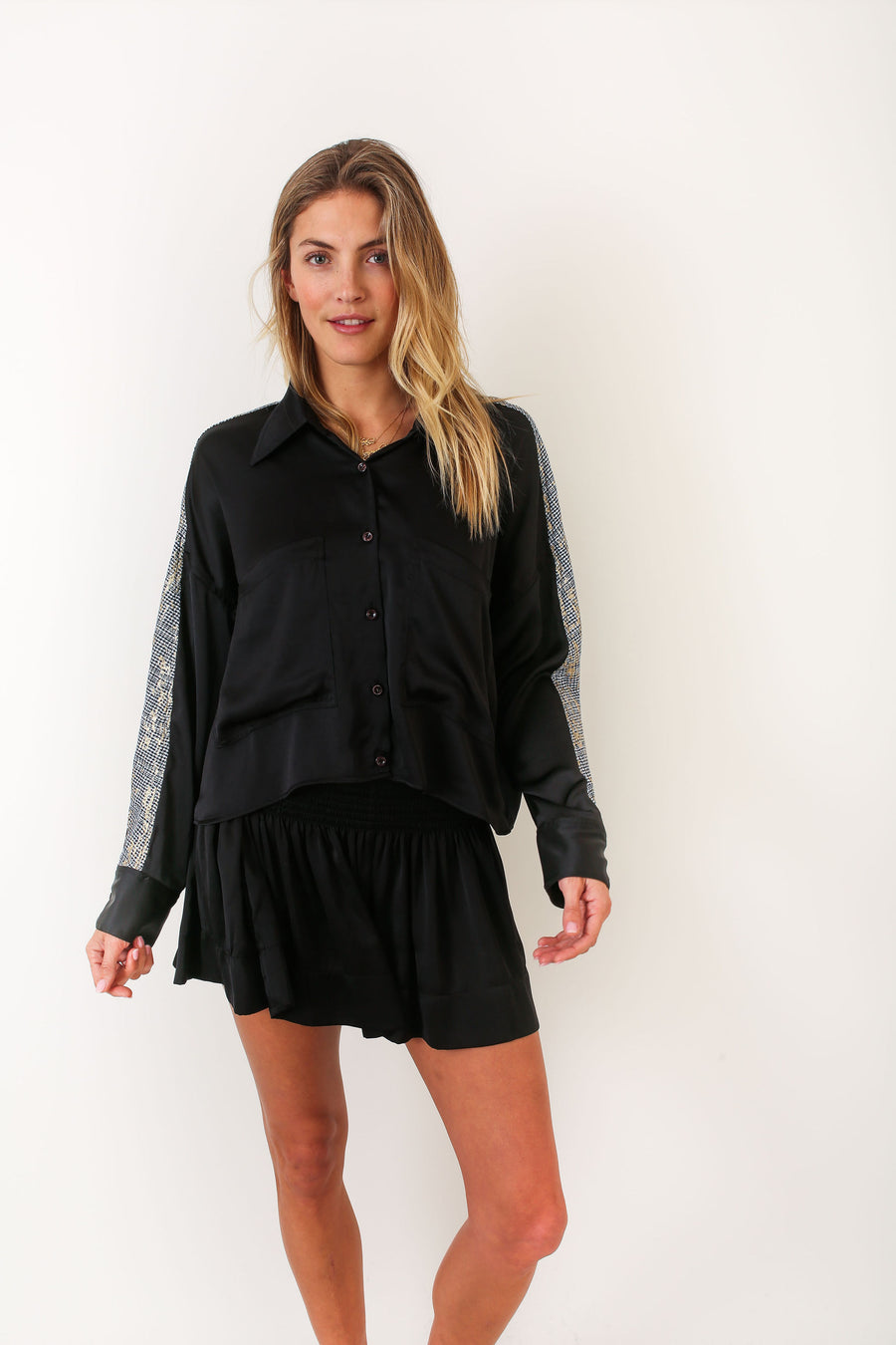 LYLE TOP BLACK POLYSATIN
