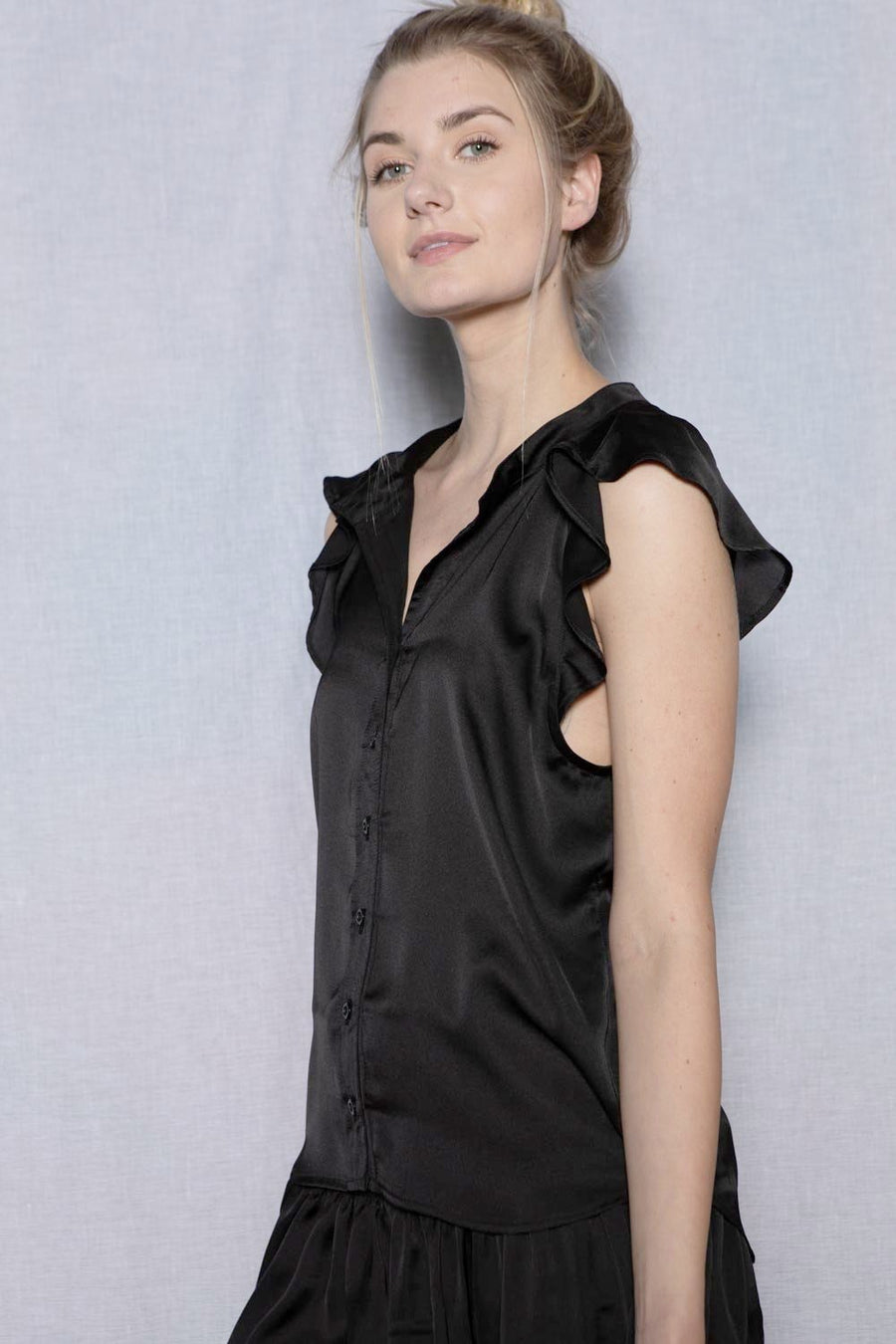 AUGUSTUS TOP BLACK POLYSATIN