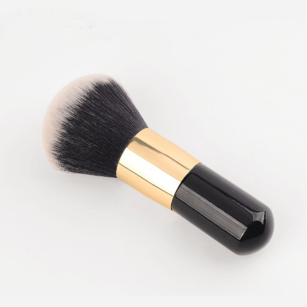 Eyeshinning Decent Luxury Powder Brush