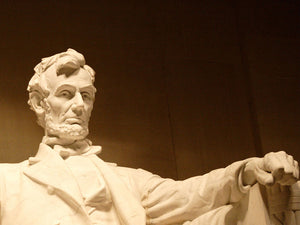 free-abraham-lincoln-memorial-Google-Slides-theme