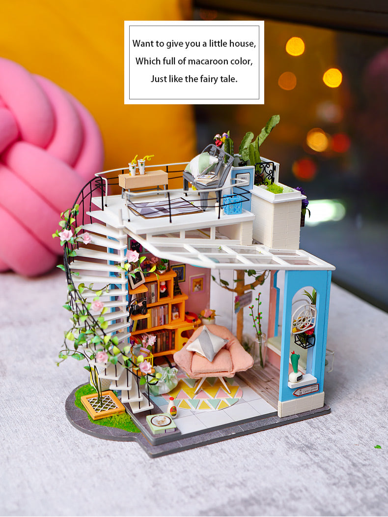 Rolife DIY Miniature dollhouse - Dora's Loft DG12