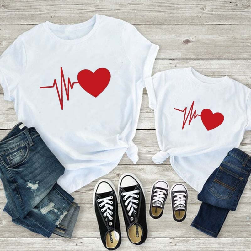 Cute Mother And Daughter Clothes Mother Daughter Matching Red Love Printing T Shirt Family Matching Outfits Mommy And Me Clothes|Matching Family Outfits