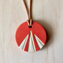 Load image into Gallery viewer, Sunburst Ceramic Necklace