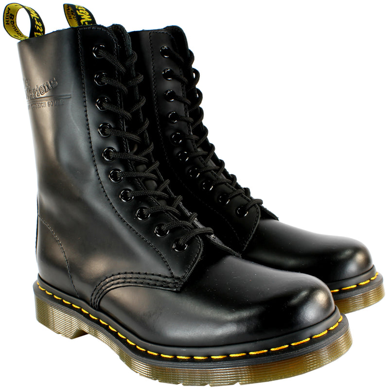 Dr Martens 1490 Classic Lace Up