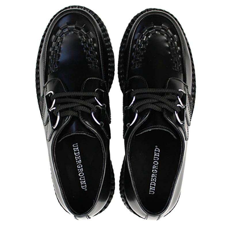 Underground Wulfrun Original Single Sole feature smooth leather uppers, soft breathable textile lining, rubber ribbed outsole unit, twin d-ring eyelet lace up closure, contrasting trims and apron patterns with three rows on interlacing on the vamp.