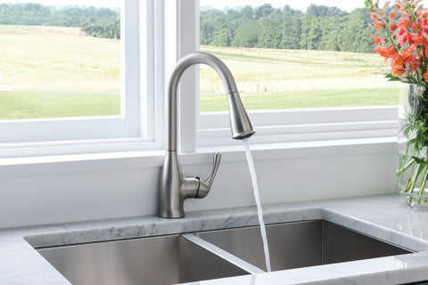 Moen - Kaden Spot resist stainless one-handle pulldown kitchen faucet