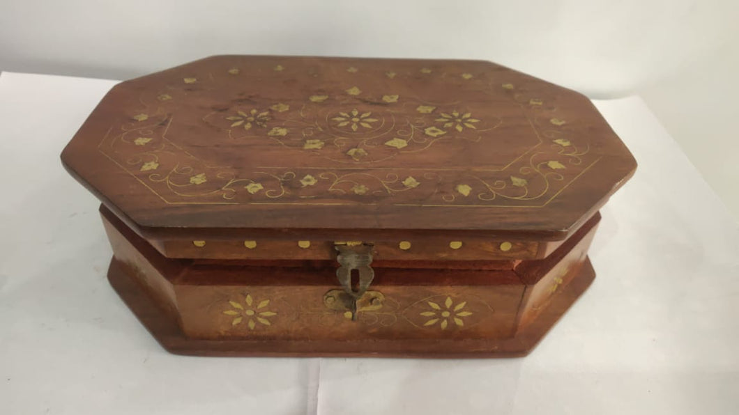 Saharanpur Wood Carving Box 6x9in