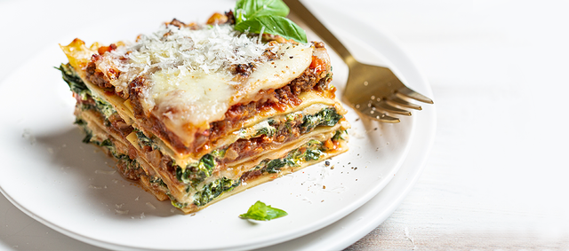 Beef Lasagna with Spinach and Ricotta