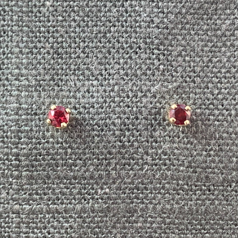 Red burmese spinel 3mm stud earrings in 14KT yellow gold