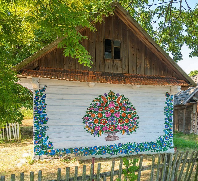 Beautiful painted cottage