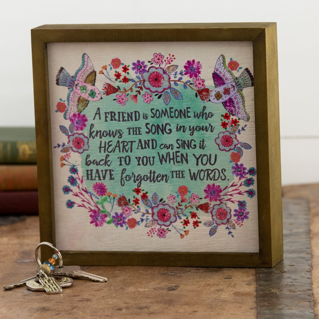 Bungalow wall art makes the perfect gifts for friends.