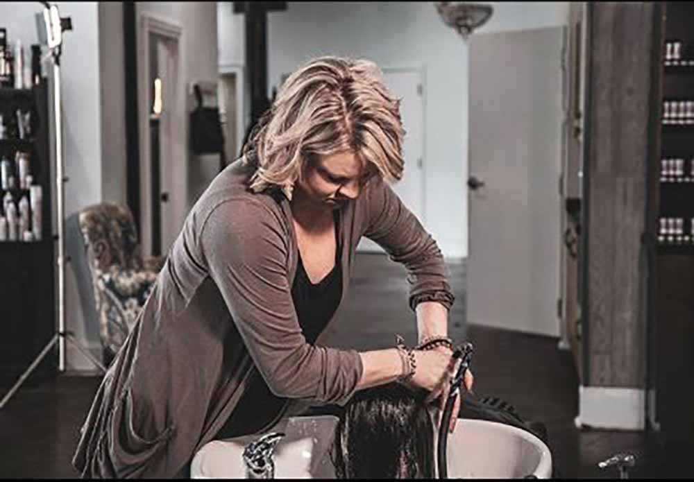 Brittany giving back by providing free hairstyling to women in rehab