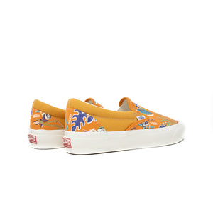 Load image into Gallery viewer, Vans Vault OG Classic Slip On 'Parrot Orange'
