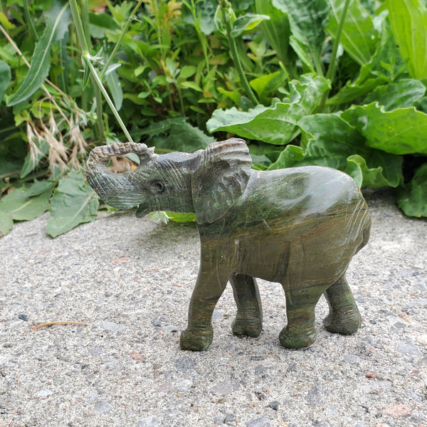 Verdite Elephant, Shona Sculpture from the Chitungwiza Art Centre, Zimbabwe