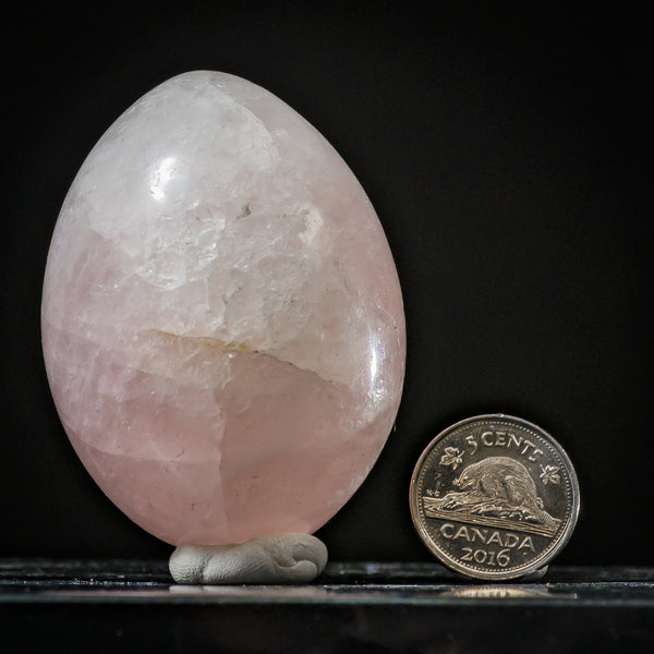 Rose Quartz, 6.1 cm, Shona Sculpture Zimbabwe, Africa