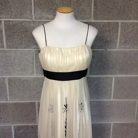 Dress Barn Collection Size 10 Cream Sleeveless Dress w/ Black Patterns