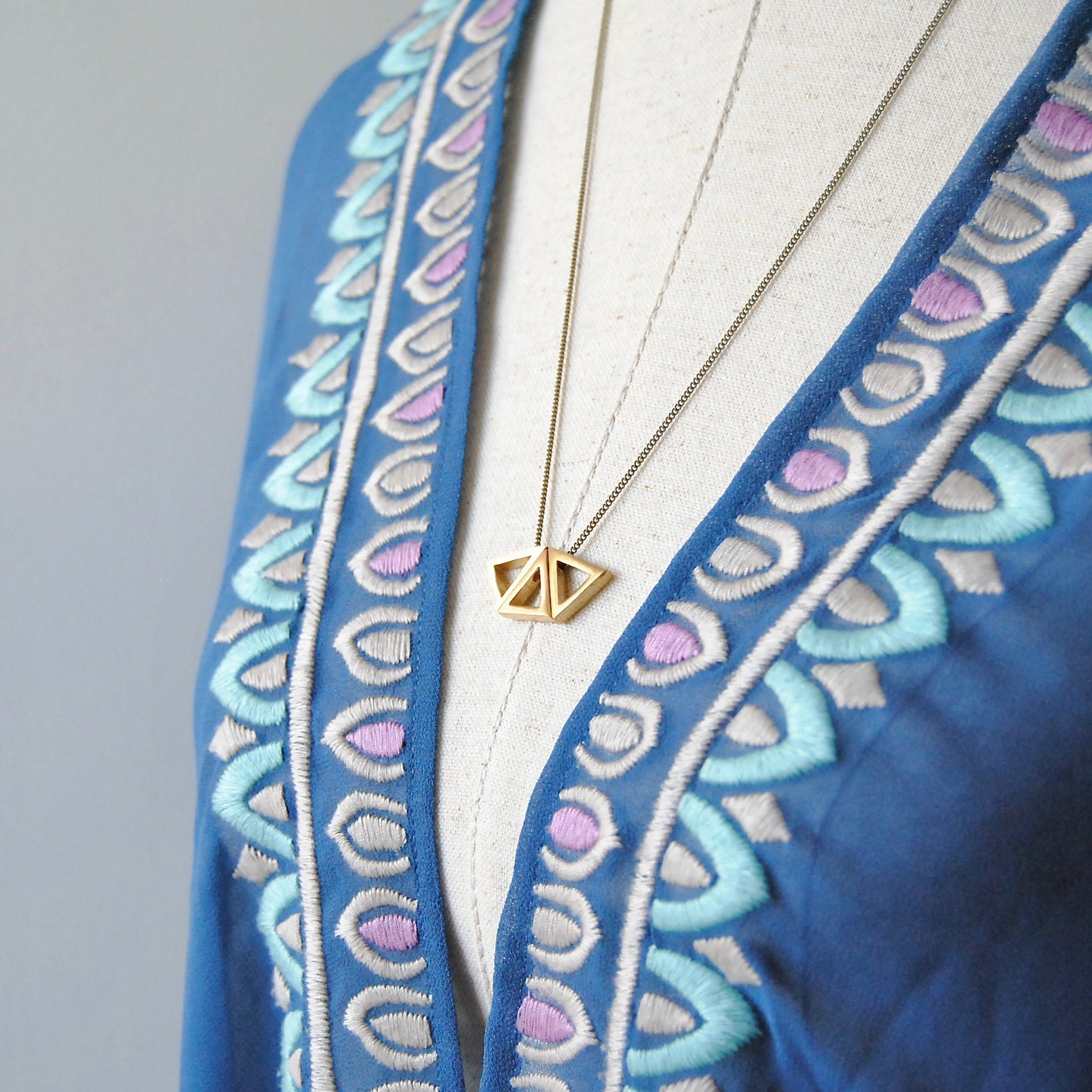 THREE TRIANGLES NECKLACE