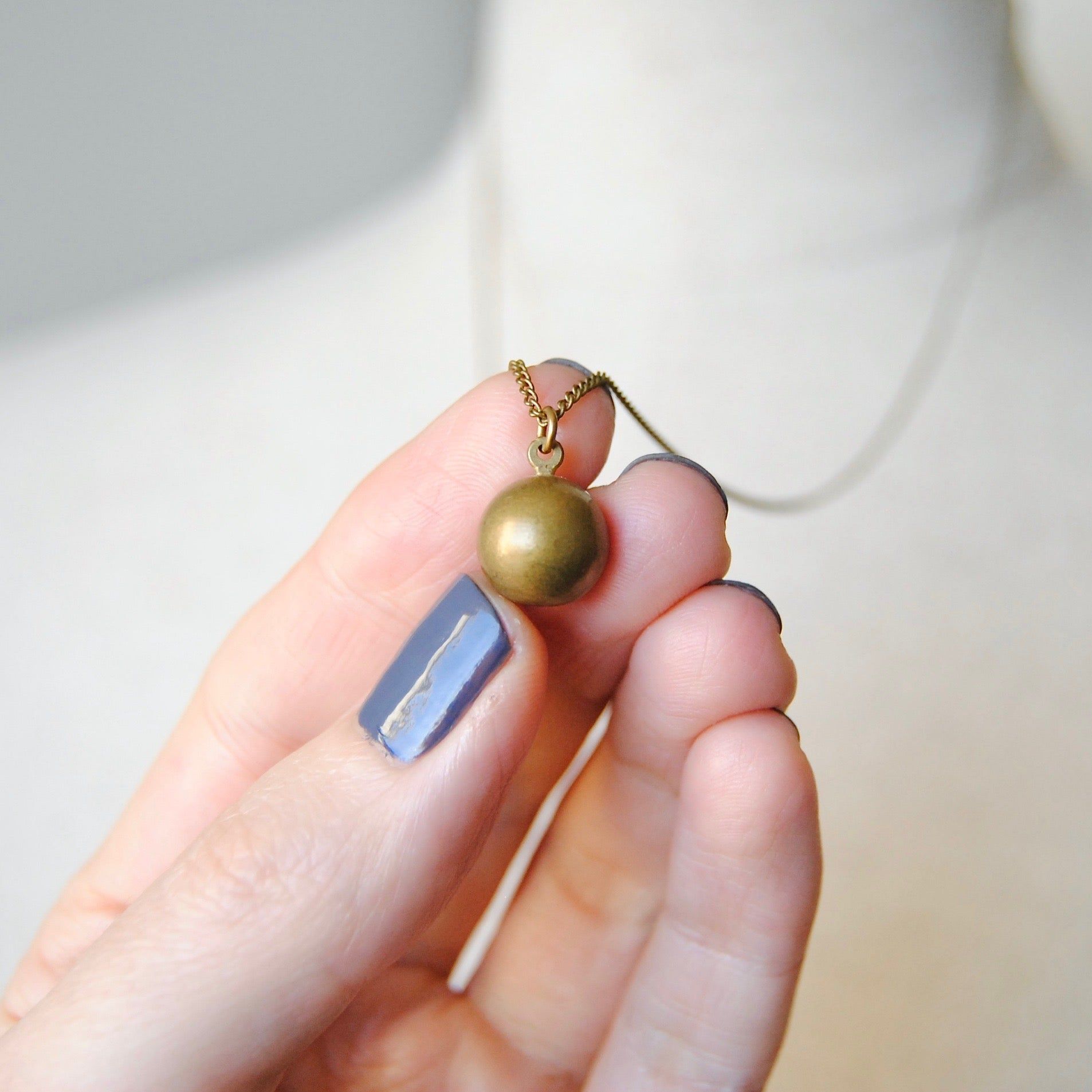 ORB NECKLACE
