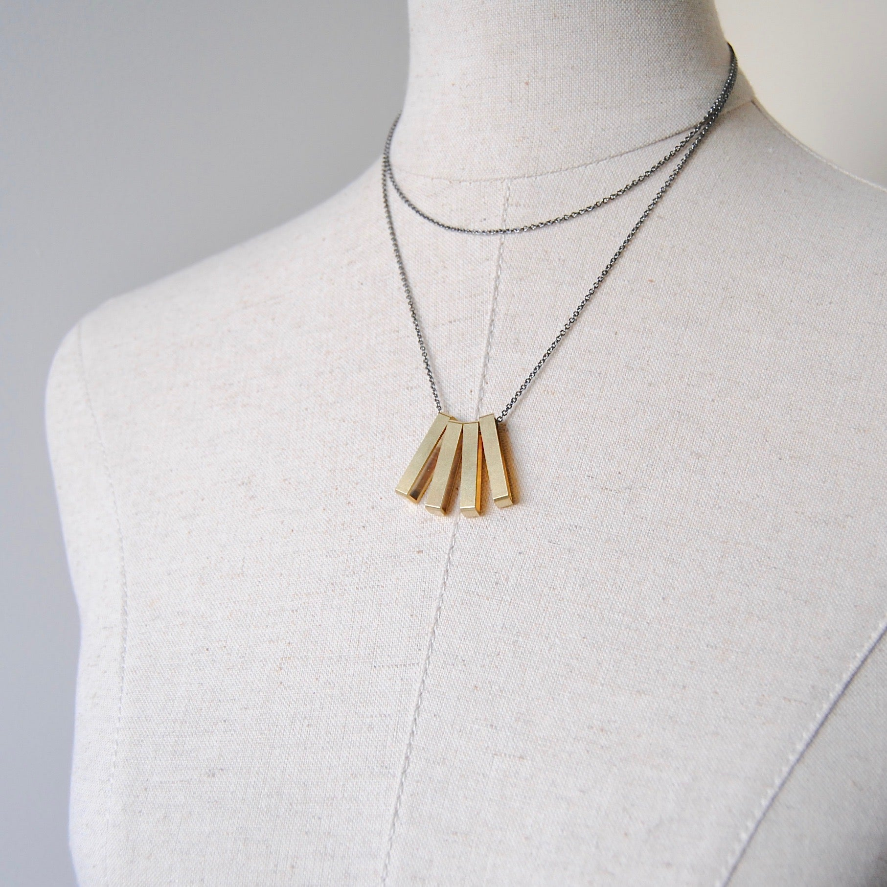 MODERN FRINGE NECKLACE
