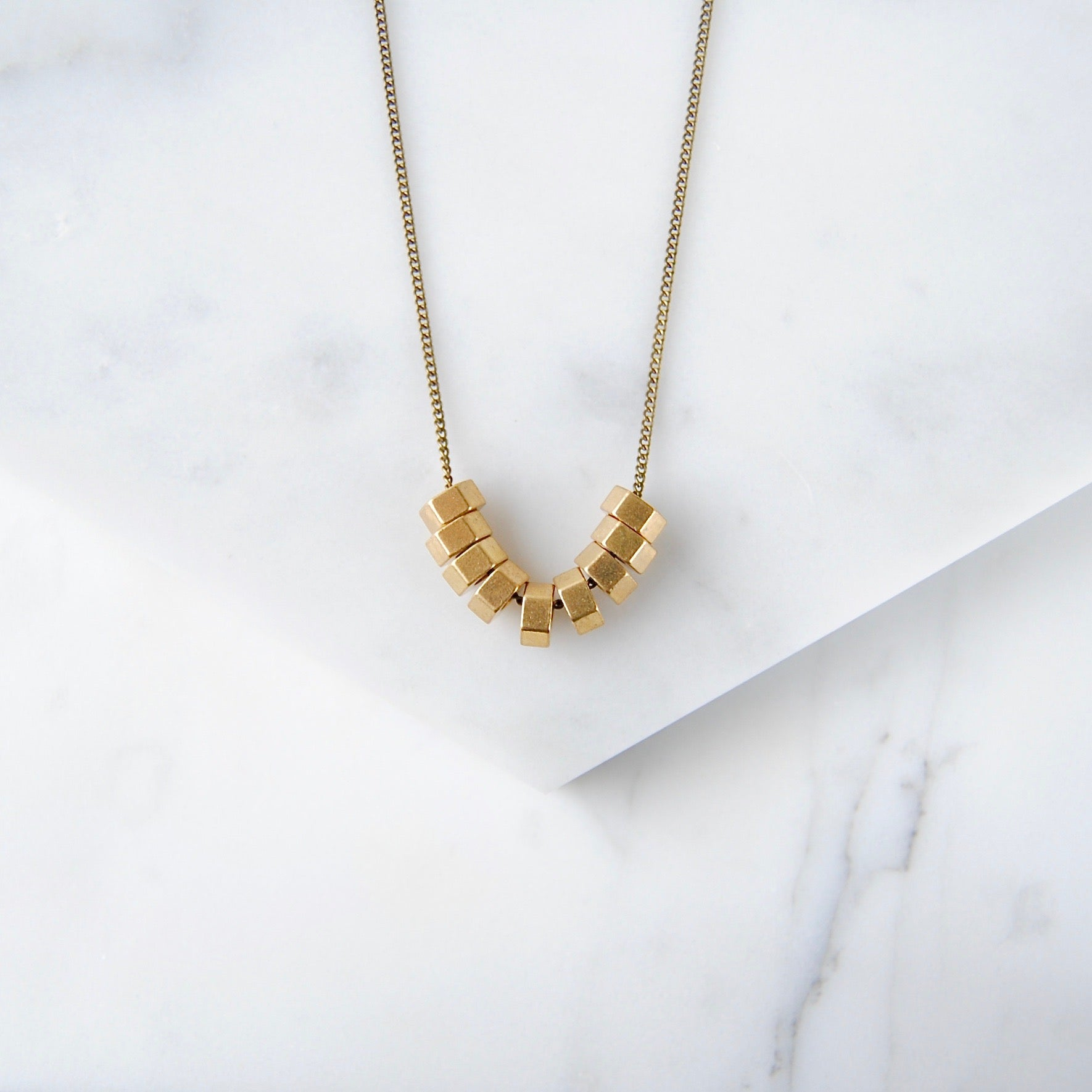 HEXAGONS CLUSTER NECKLACE