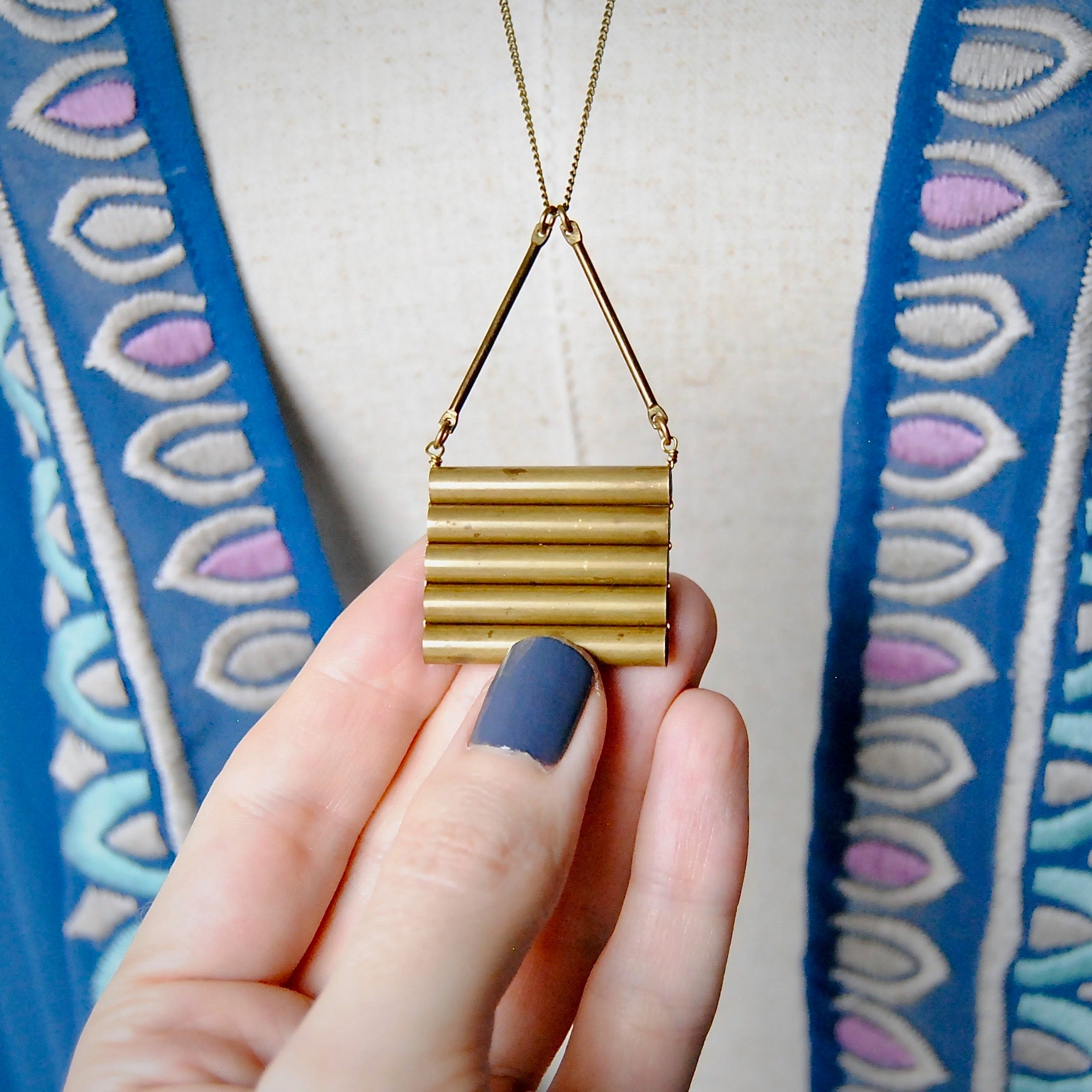 MODERN LADDER NECKLACE
