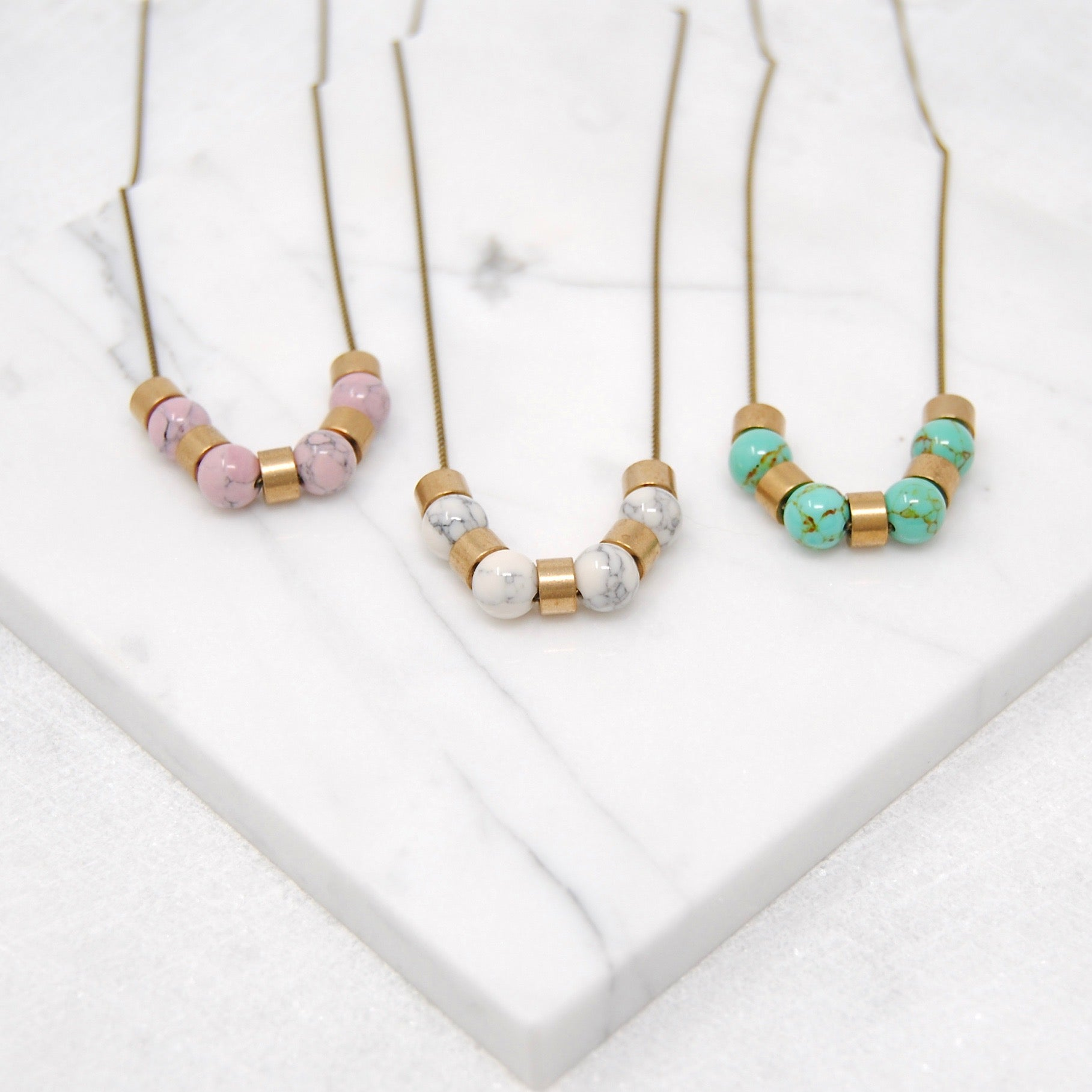 MINIMAL MARBLE NECKLACE