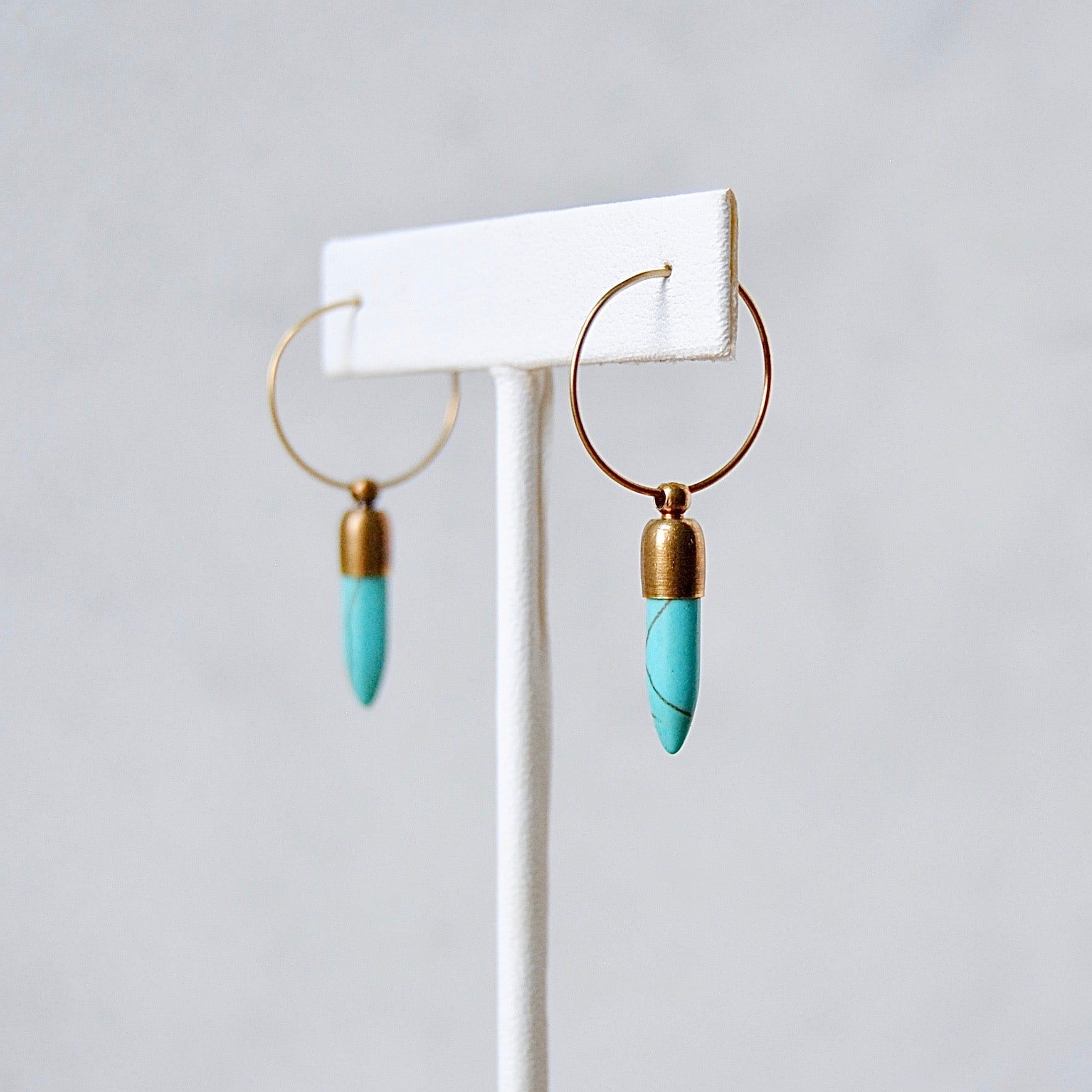 SMALL HOWLITE HOOPS