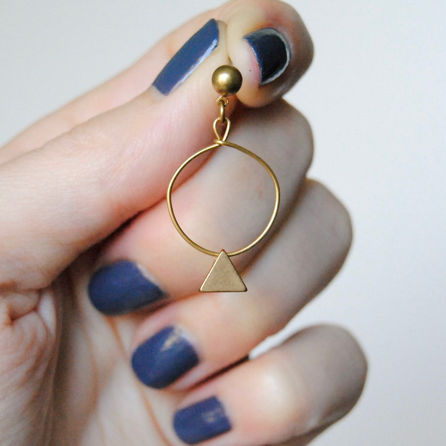 TINY TRIANGLE HOOPS