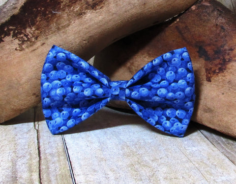 Blueberries Pre Tied Bow Tie