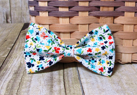 White Spring Flowers Pre Tied Bow Tie