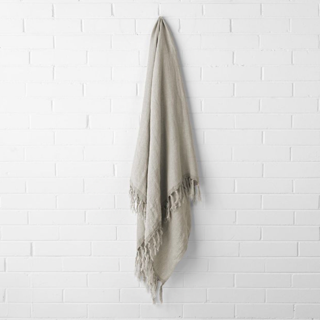 Vintage Linen Fringe Throw - Natural