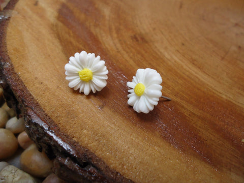 Daisy Earrings Post Style - Augmented Gem Jewelry