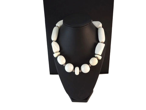 Off White Chunky Necklace 925 - Augmented Gem Jewelry