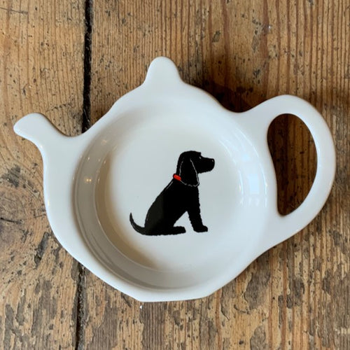 A fabulous tea bag dish for all Cockapoo lovers. Presented in its very own kraft gift box to make the perfect present.