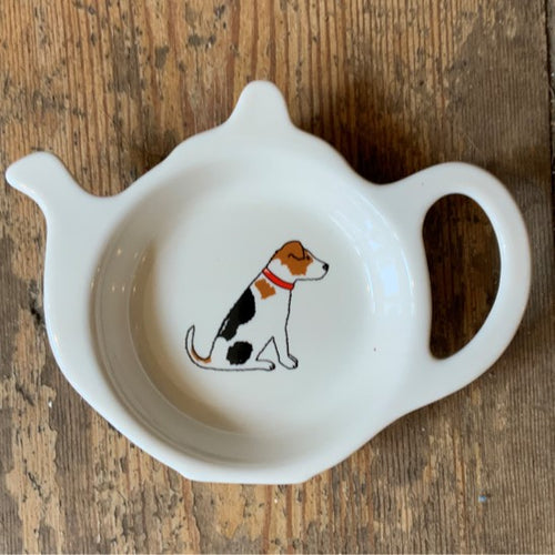 A fabulous tea bag dish for all Jack Russell lovers. Presented in its very own kraft gift box to make the perfect present.