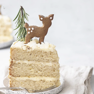 Lemon & elderflower Christmas cake with chai spice biscuits