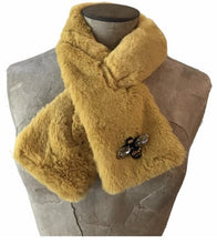 Load image into Gallery viewer, Helsinki scarf - mustard