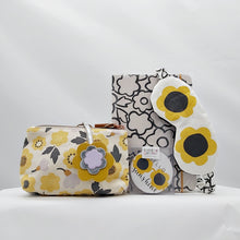 Load image into Gallery viewer, Hello Sunshine Glasses Pouch