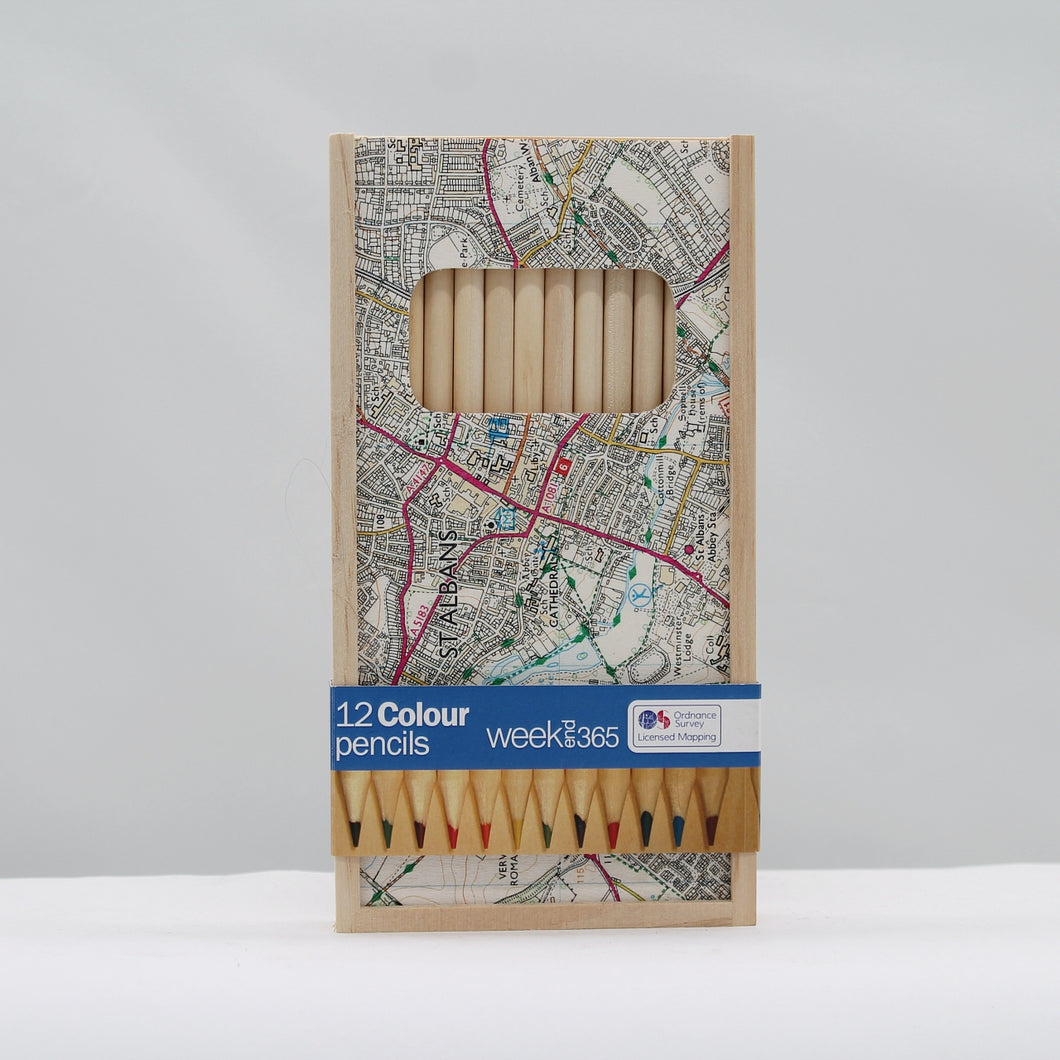 St Albans 12 colour pencils in wooden box