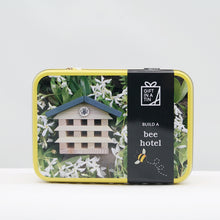 Load image into Gallery viewer, Build a bee hotel in a tin