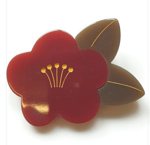 Red flower resin brooch