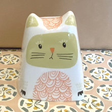 Load image into Gallery viewer, Clara the cat money box - green