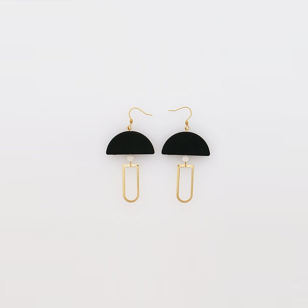 Middle Child | Pendulum Earrings Black
